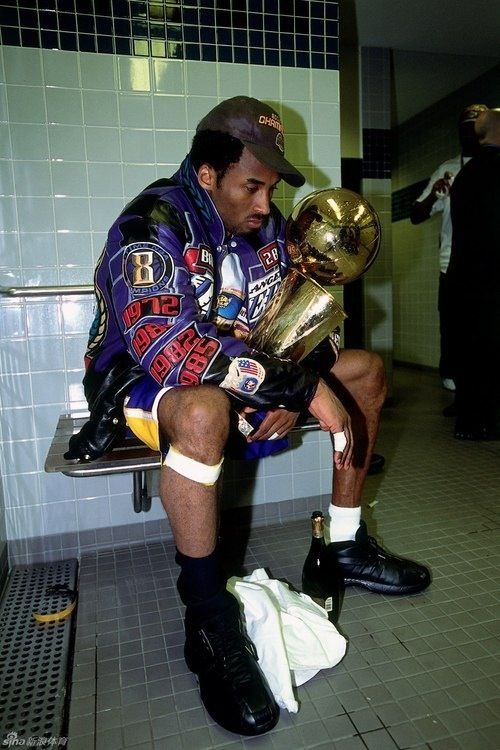 Kobe Bryant Championship Jacket Wallpaper : bryant, championship, jacket, wallpaper, Ligia, McCafferty, Basketball, Bryant, Pictures,