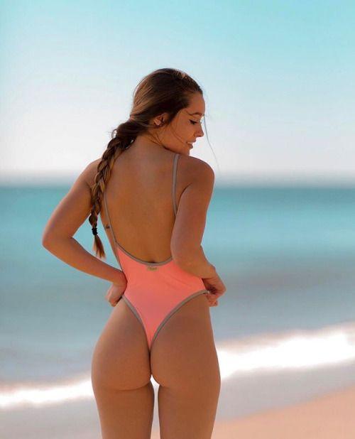 bikini Hot butts beach