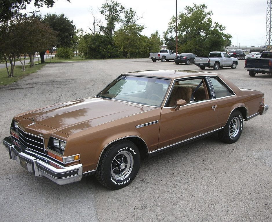 1979 Buick Lesabre Coupe Keepersofthespark On Instagram Buick Lesabre 79 79lesabre Gm Buicklesabre 70s Tgif Frid Buick Lesabre Classic Cars Usa Buick