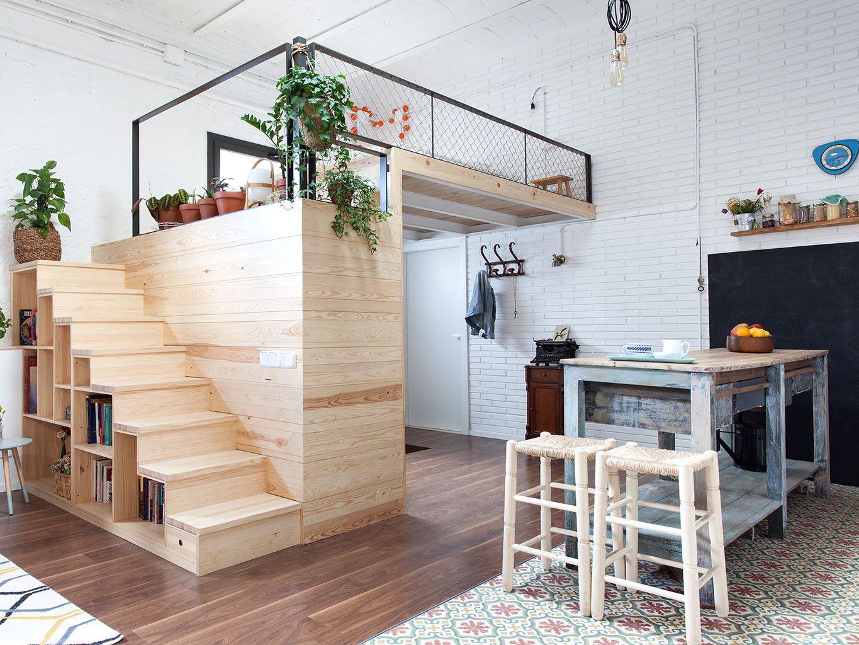 A Barcelone Un Garage Transforme En Loft Amenagement Petit Appartement Idees Loft Et Amenagement Appartement