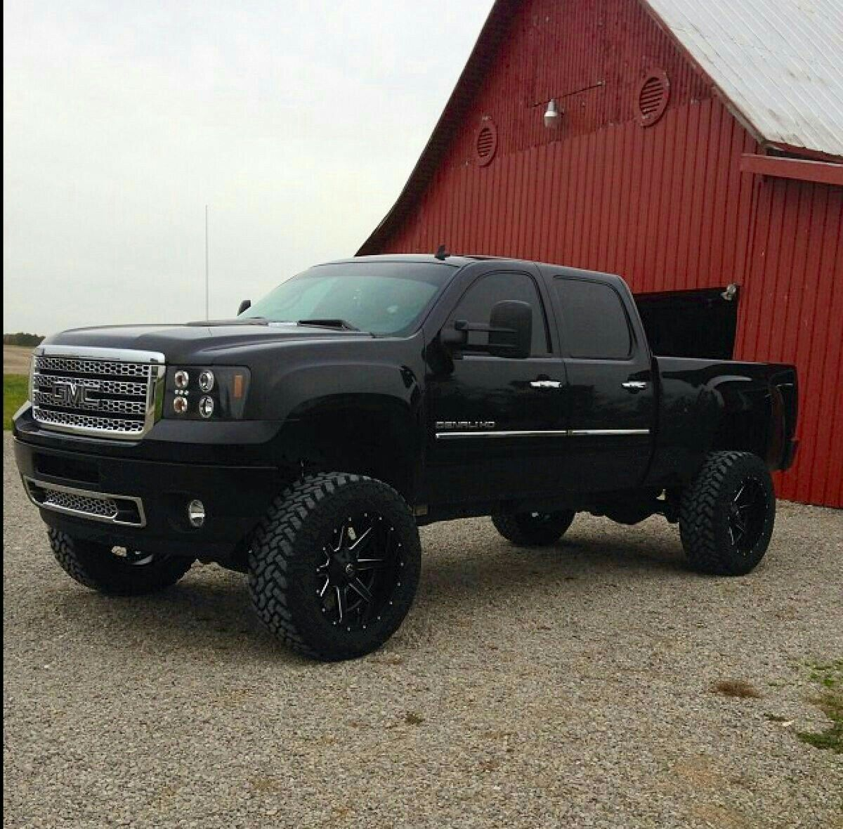 Gmc Denali 1500 For Sale: Duramax GMC Crew Cab With Lift Kit