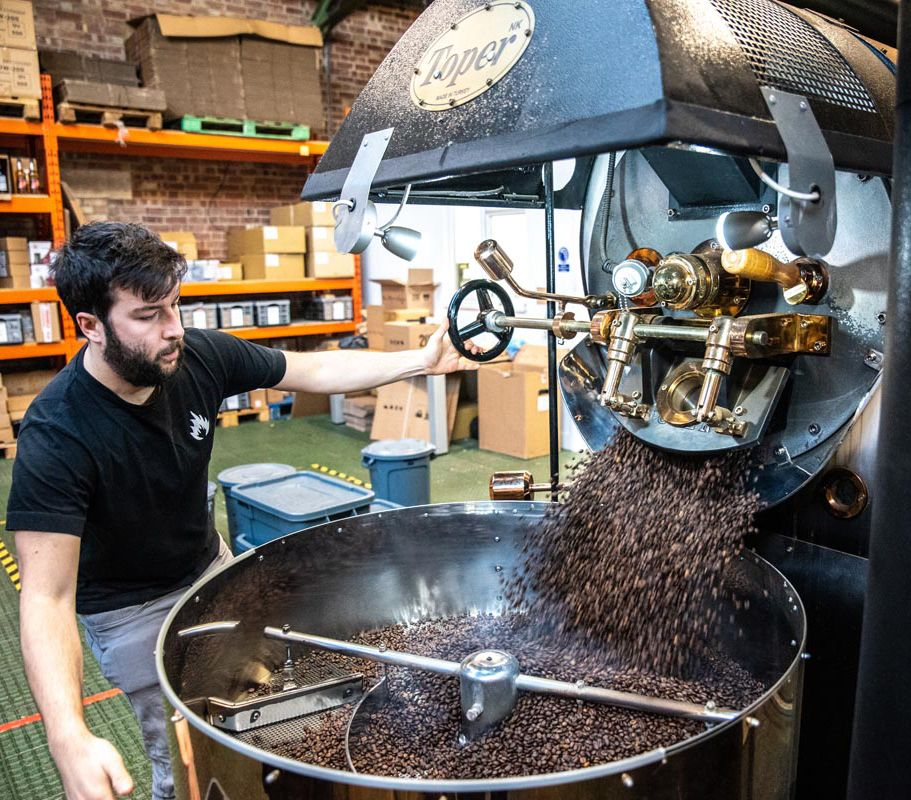 Tkm Sx Series Industrial Roasters Provide Complete Solution For Wholesale Coffee Roasters And Coffee Extract Manufacturers With In 2020 Coffee My Coffee Shop Roaster
