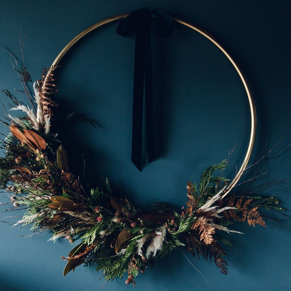 Photo of A super stunner from a wreath handyman – it starts with a hula hoop