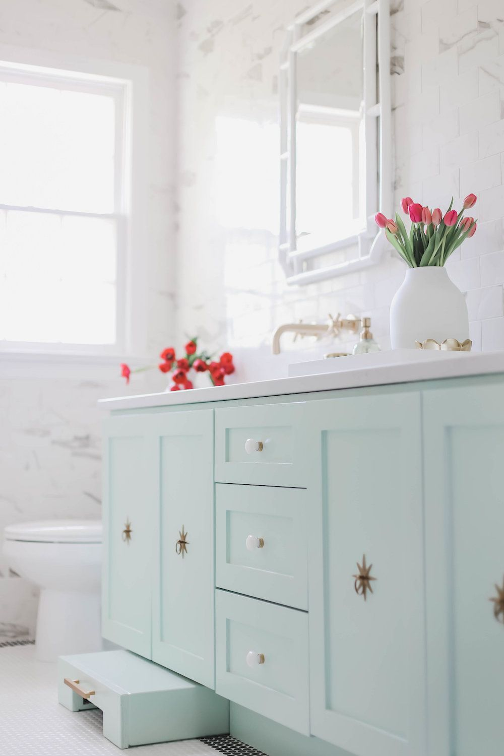 Tour A Bright Kids Bath Done Right With Our Starburst Hardware