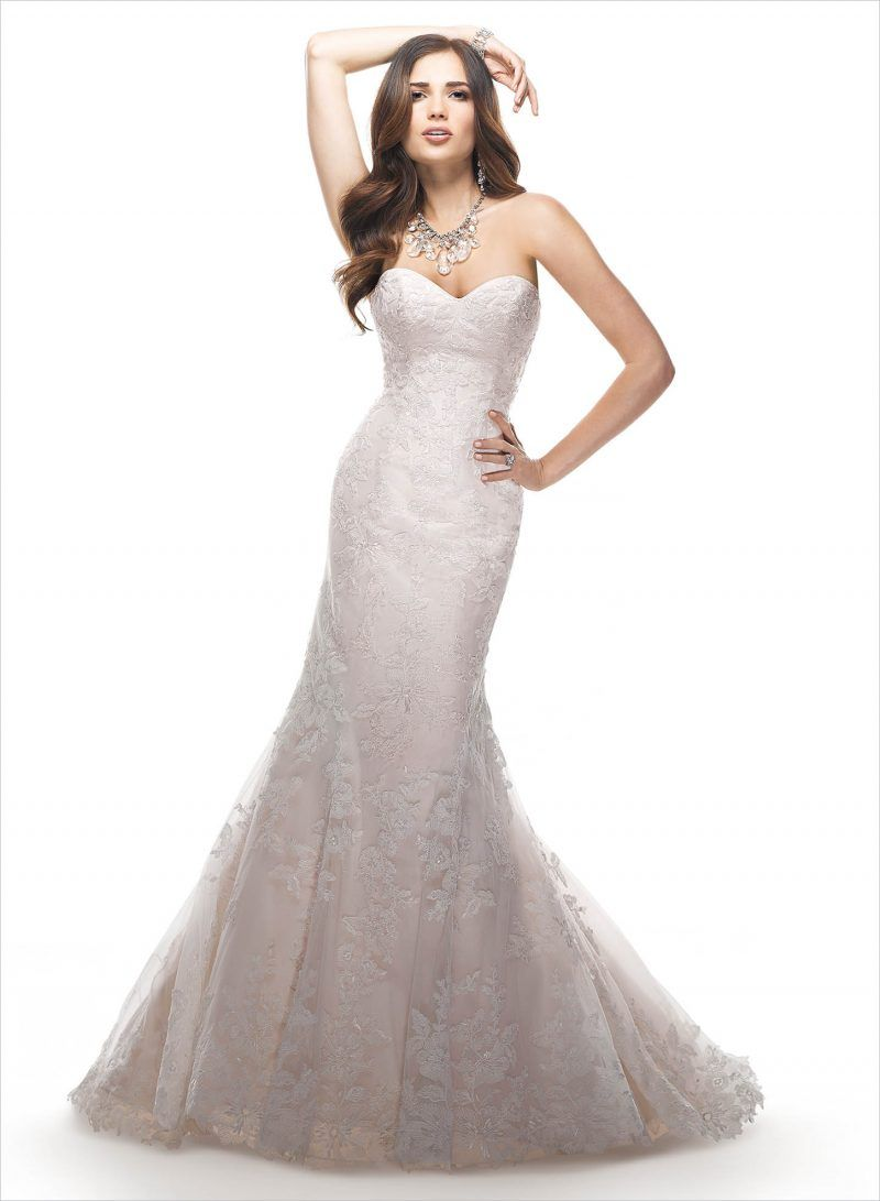 Mermaid dress wedding  Flare for the Dramatic  Beautiful Mermaid Wedding Gowns  On the