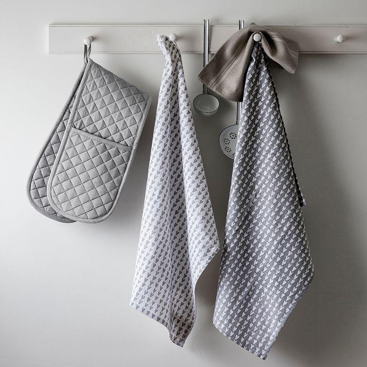 Heart Print Tea Towel Set Of 2 Kitchen Accessories The White Company