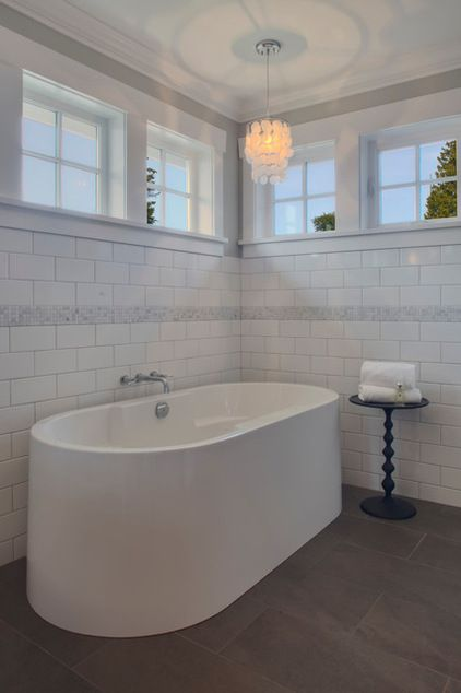 How To Choose The Right Tile Layout Traditional Bathroom Bathroom Design White Subway Tile Bathroom