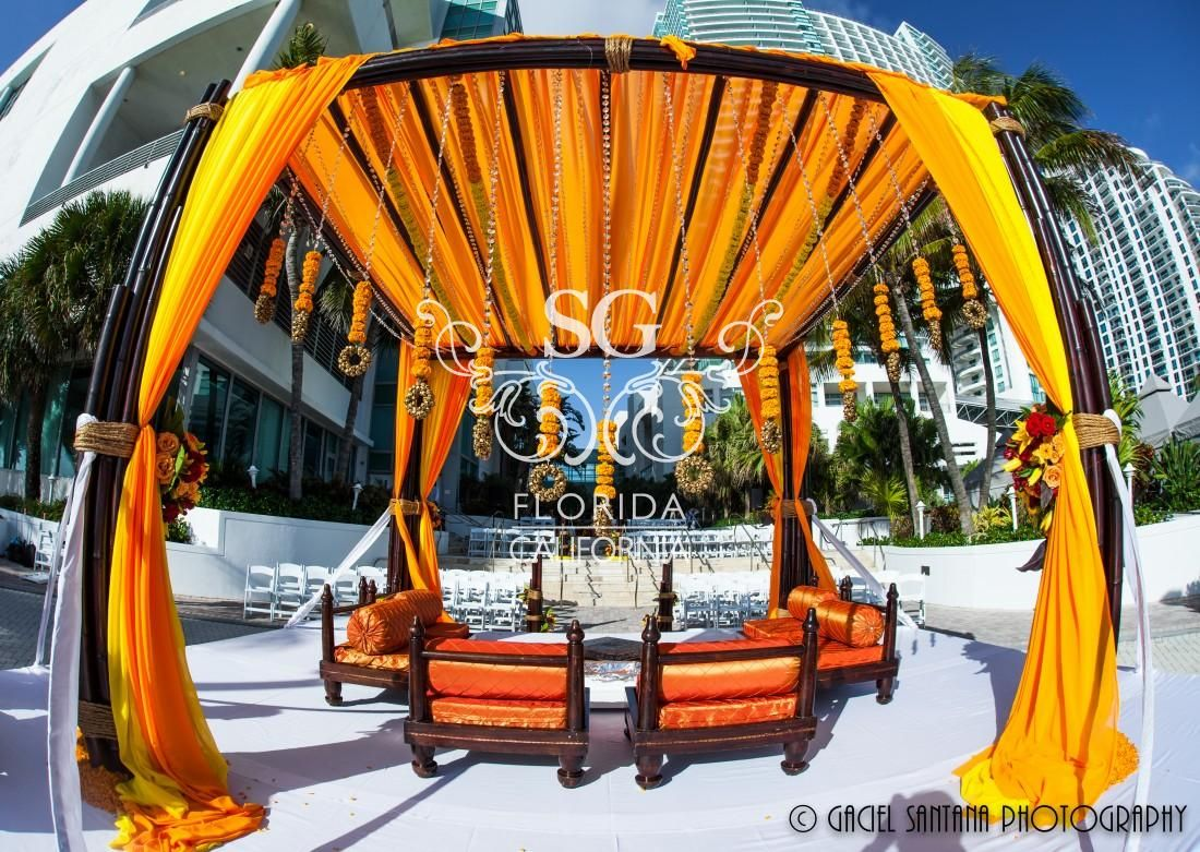 beach weddings in orange county ca%0A Pelican Hill  Newport Beach CA http   www larockphotography com indian weddingphotography    Wedding Venue   Pinterest   Newport beach  Wedding  venues and