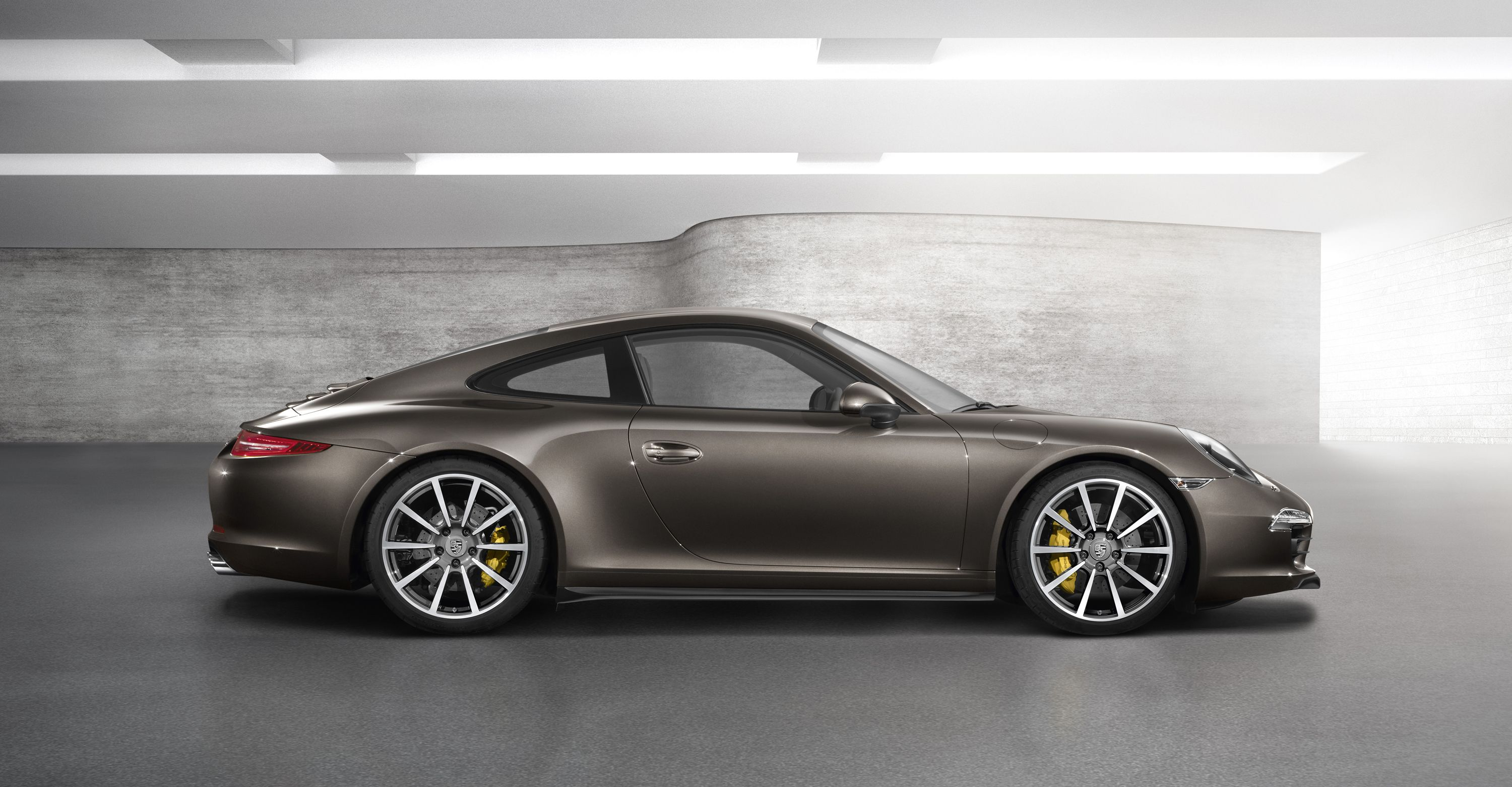 Why are you doing this to me Porsche?! WHY?!? 911 Carrera 4S 2012. What a car. What a CAR!