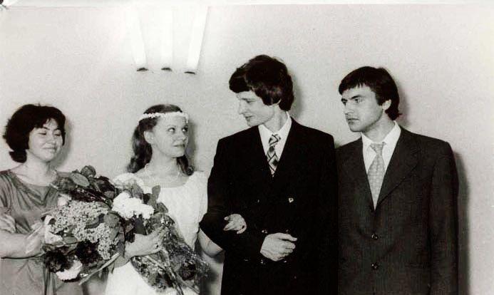 Дмитрий Брусникин с женой Мариной. 1979 | Celebrity ...