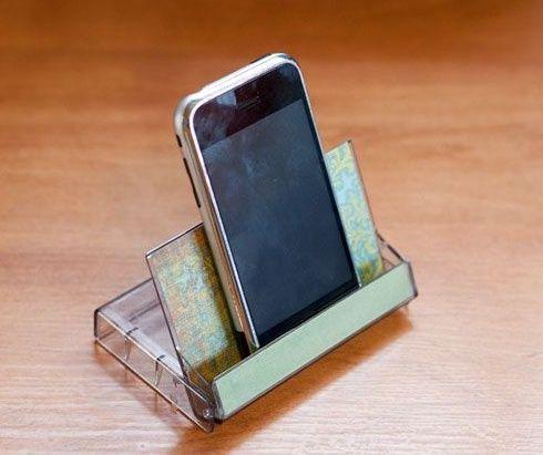 15 Cosas Geniales Que Puedes Hacer Con Tus Viejos Cassette Manualidades Para Celular Soporte Para Teléfono Móvil Base Para Celular