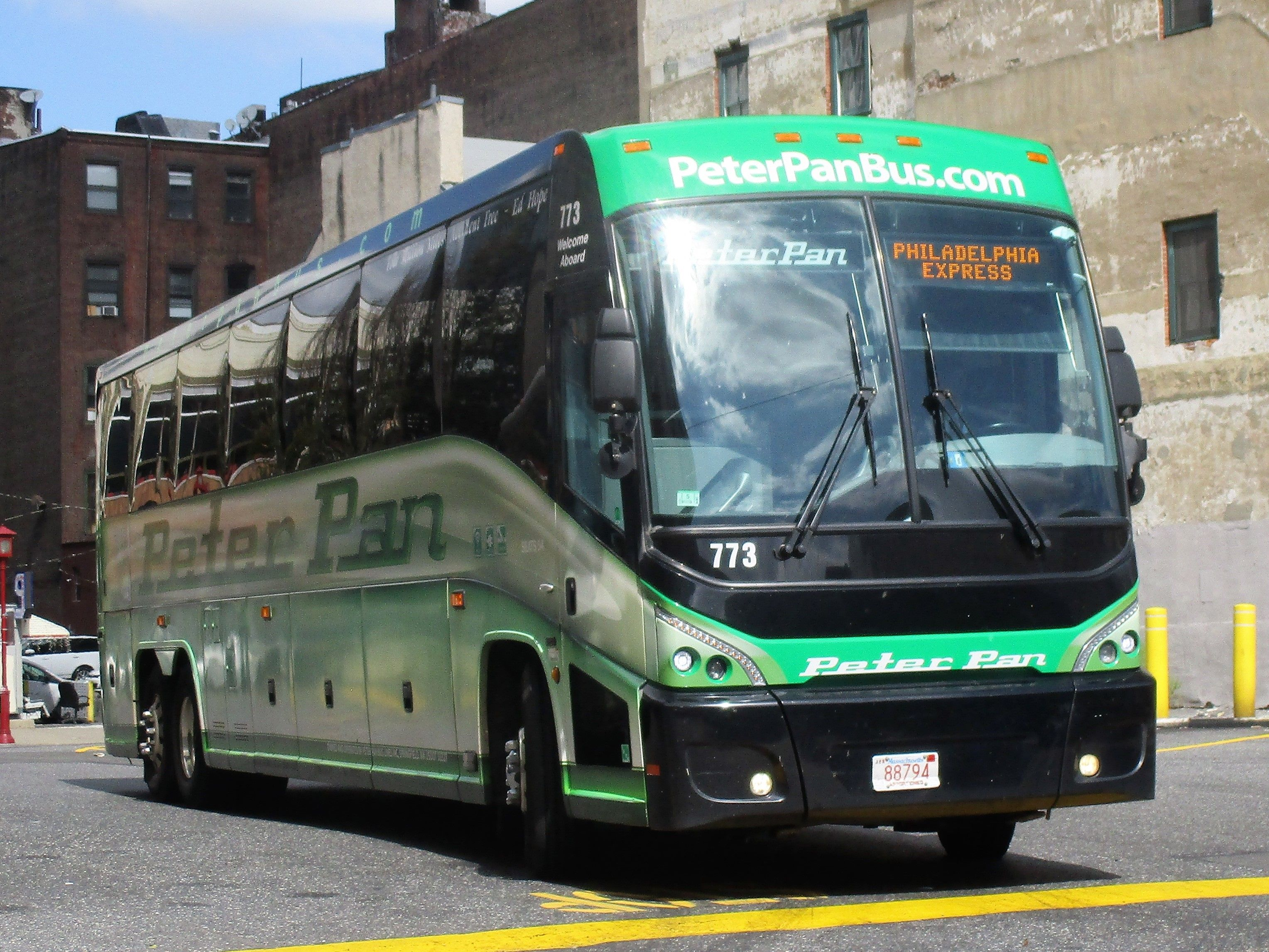 Nova bus RTS Operated by Peter Pan