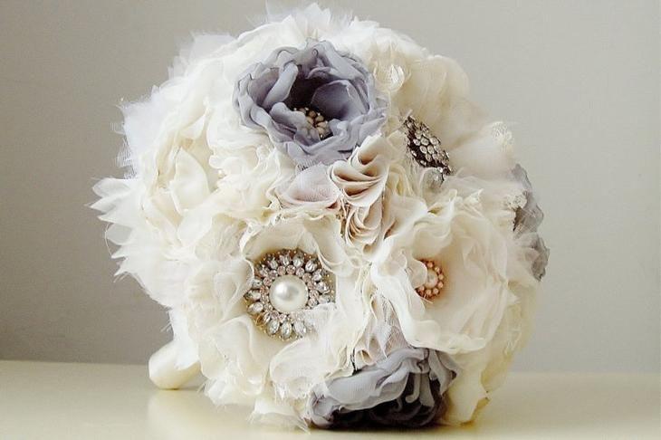 Свадебные букеты из ткани, цветов для