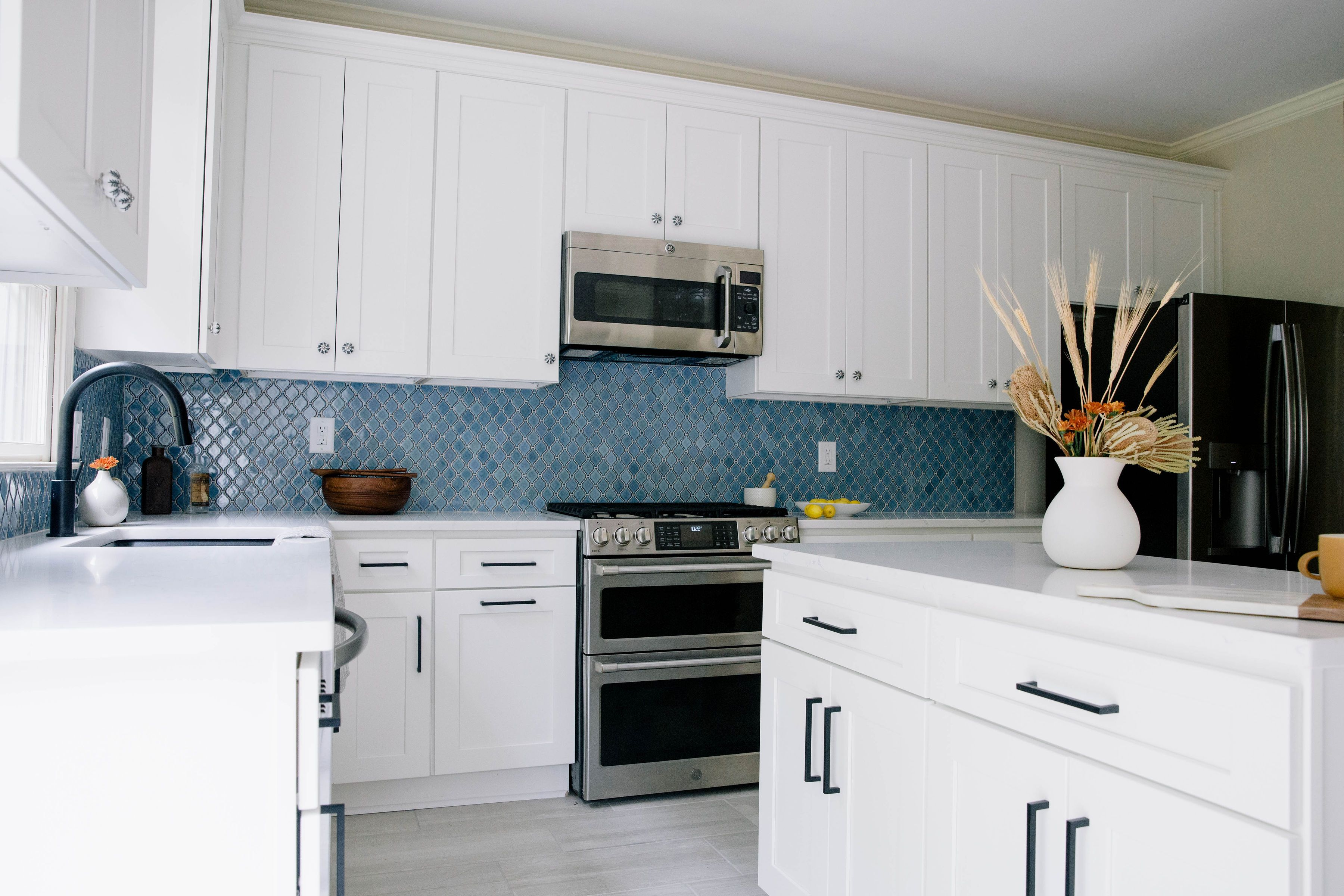 Pin By 84 Lumber On Private Residence Wakefield Sc Kitchen Cabinet Interior Best Kitchen Cabinets Cool Kitchens
