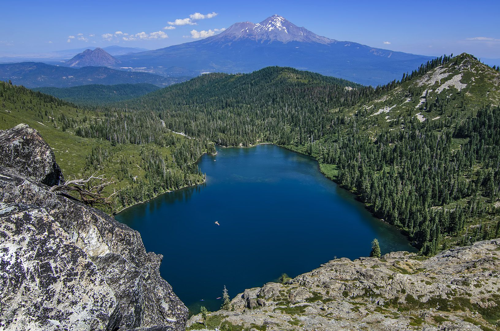 Mt. Shasta Black Butte Castle Lake Get outdoors, Running
