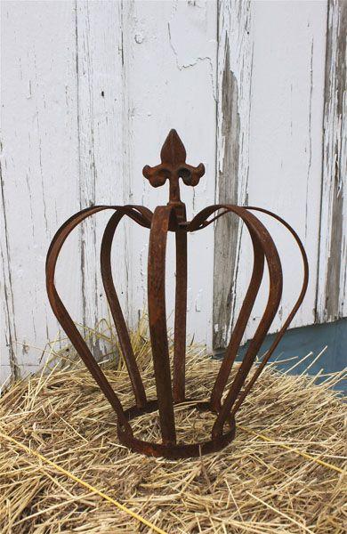 Rustic Iron Garden Crown Fleur De Lis With Images Crown Decor