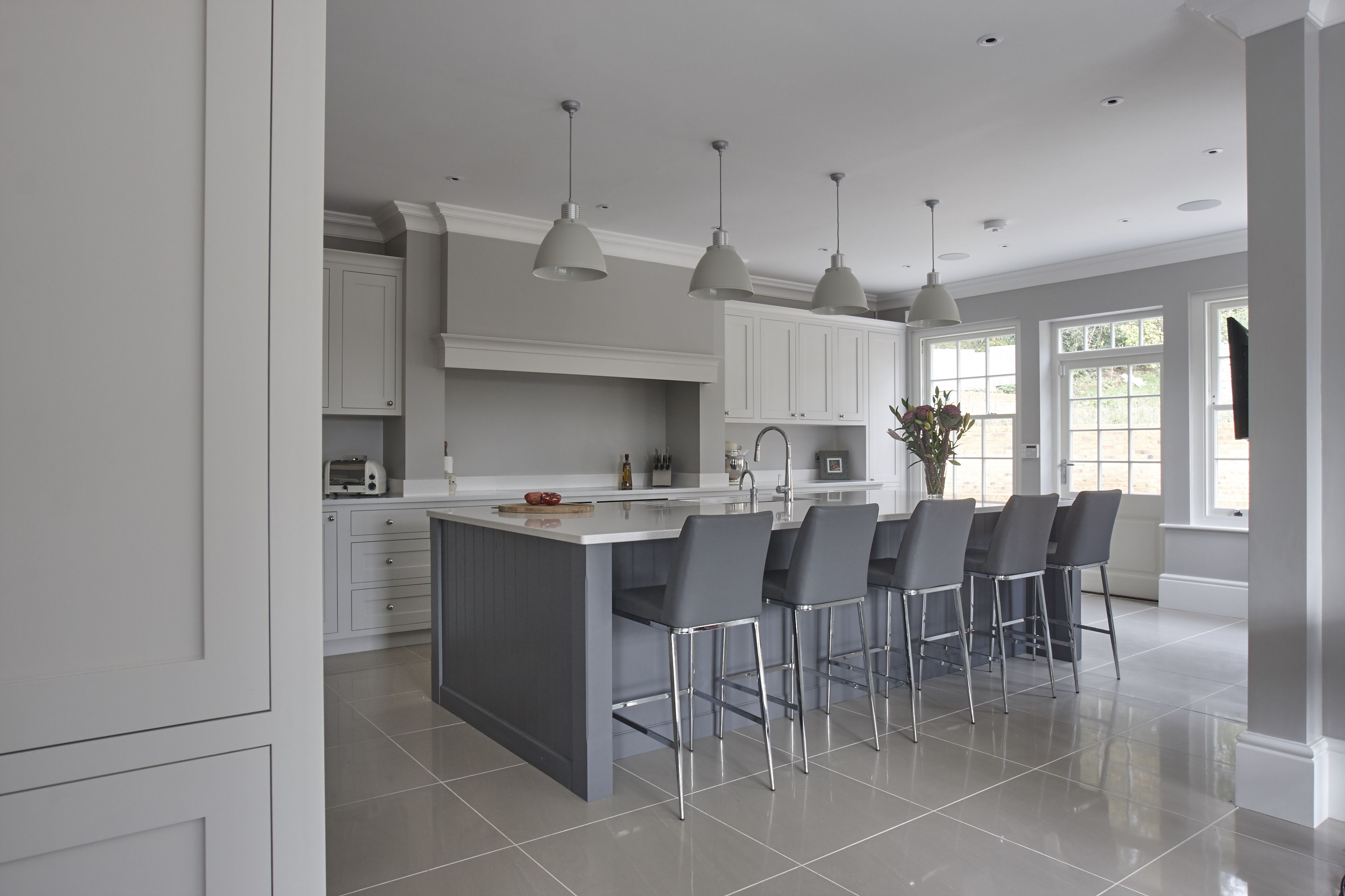 The island kitchen design - Beautiful Hand Painted Kitchen Seating On The Island Kitchen Dinner Shaker Kitchen