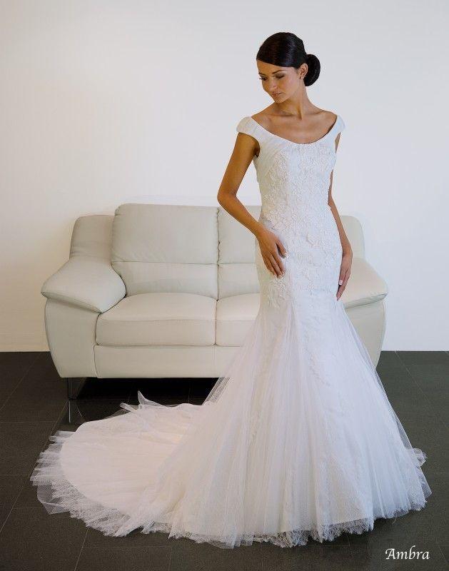 ♥ Elegantes Hochzeitskleid CALANTHE mit langer Schleppe Gr.36 ...