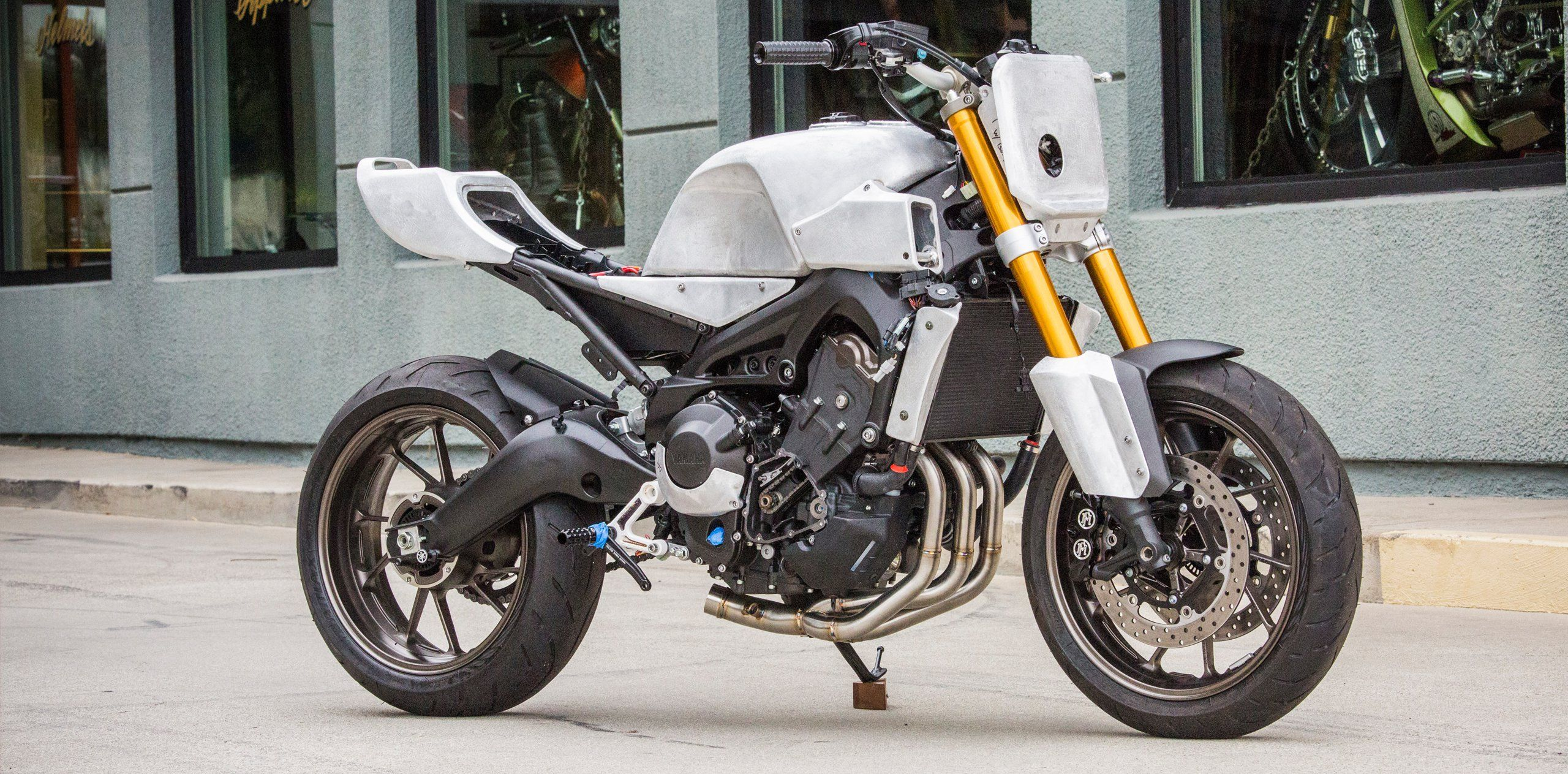 faster wasp: yamaha fz-09roland sands | roland sands and cafes
