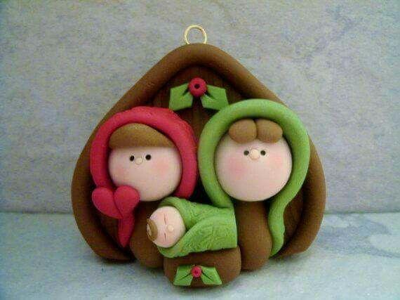 Pin By Nuno Raposeiro On اشكال بعجينة السيراميك Polymer Clay Christmas Christmas Clay Nativity Ornaments