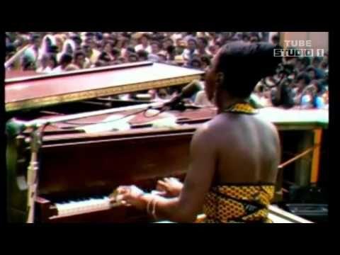 Nina Simone - Ain't got no...I got Life