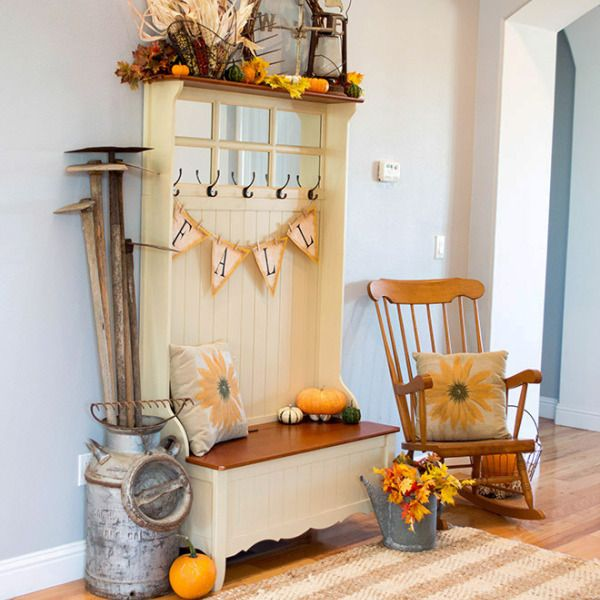 Fall Farmhouse Home Tour Part 1 – Entryway