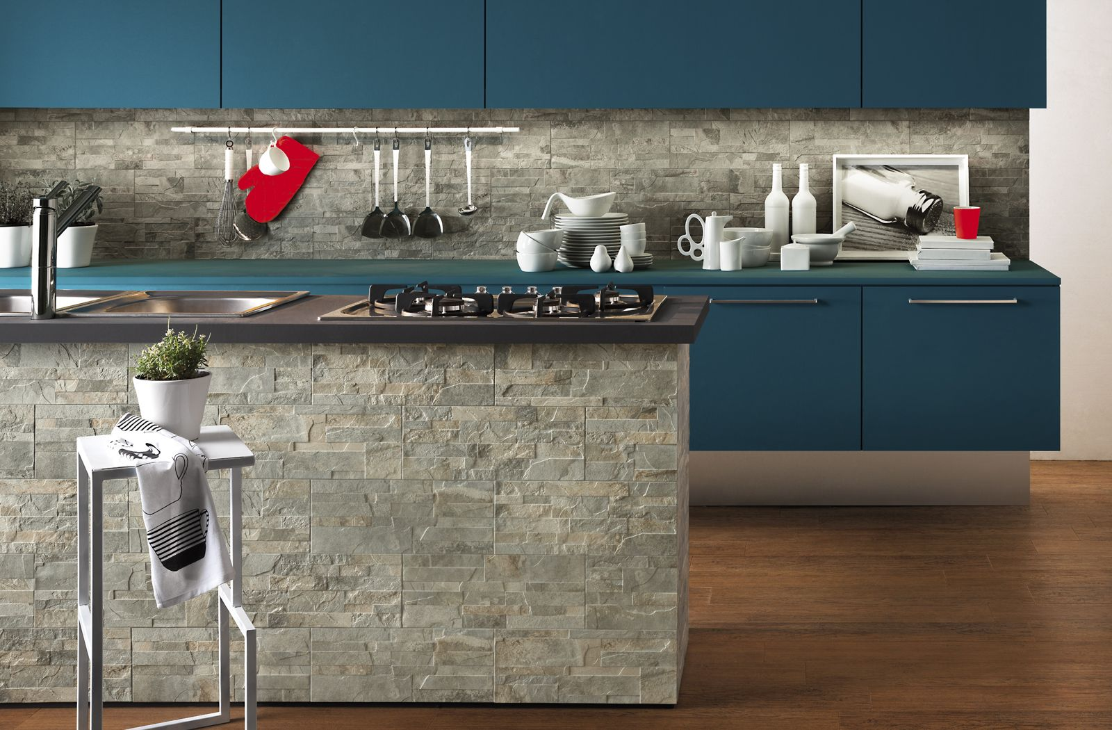 Kitchen Design And Tiles Kitchen Island And Backsplash Surface With Pavewall Tile From