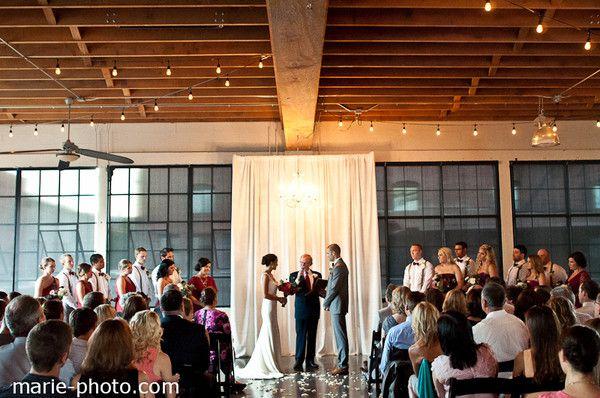 Castaway Portland Provides Wedding Ceremony Reception Venue Rehearsal Dinner Location In Oregon
