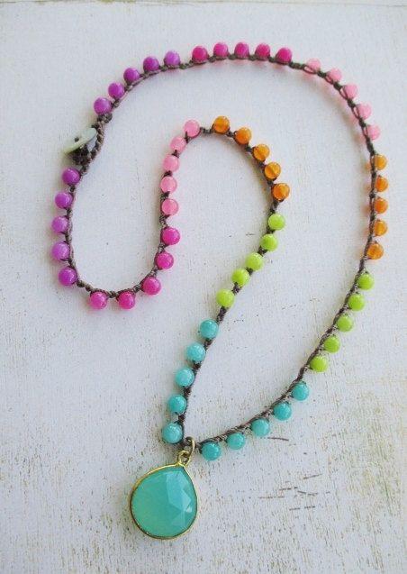 Colorful neon crochet necklace SummerTime multi por slashKnots