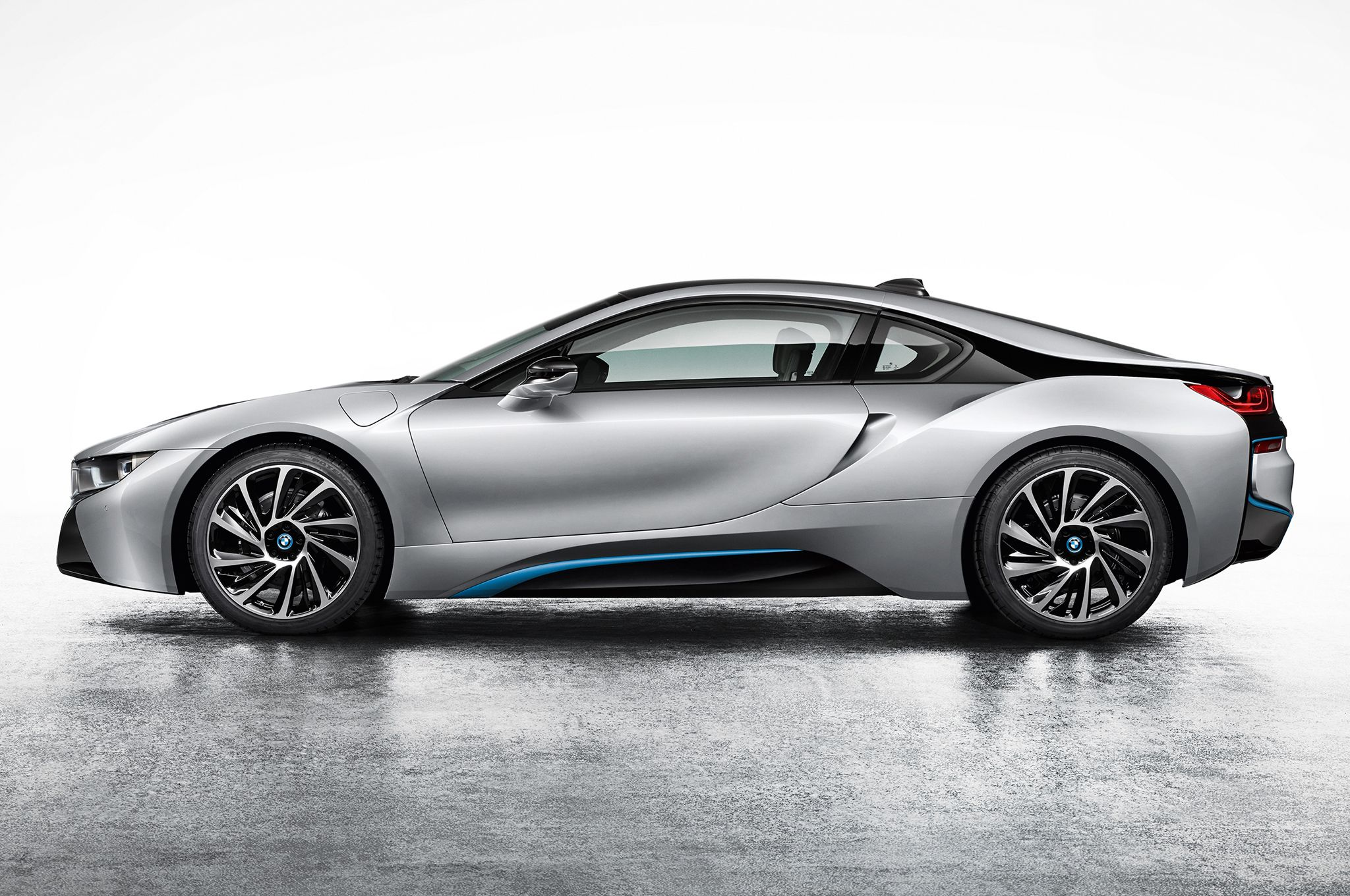 2014 BMW i8 Hybrid Side View Wallpaper BMW Wallpaper