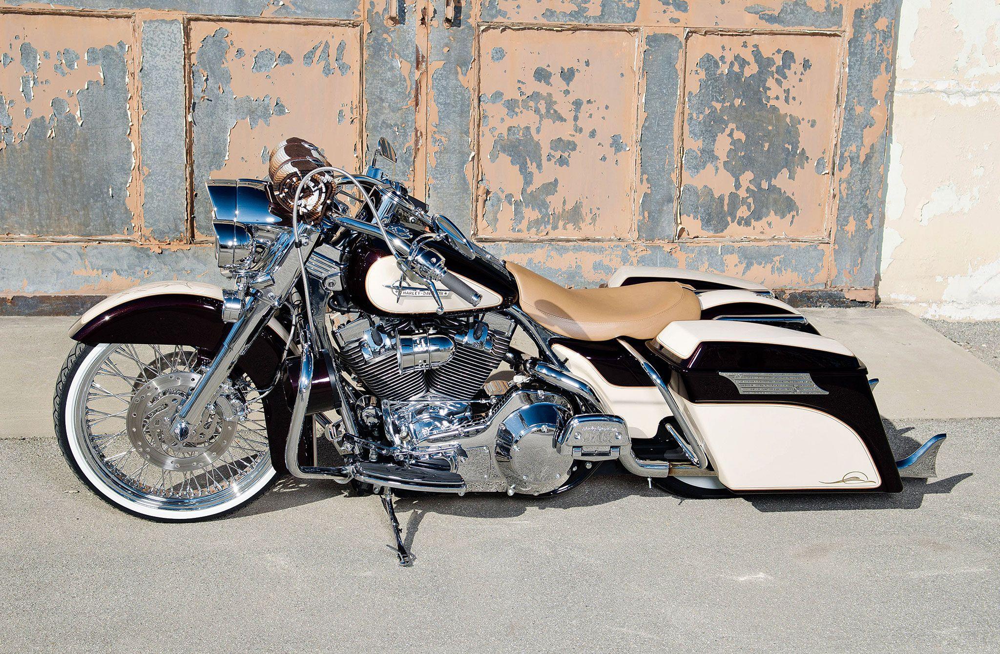 2002-harley-davidson-road-king-side-view-01