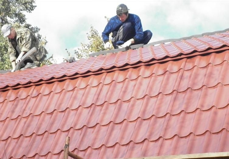 Solution Of All Your Roofing Needs Hire A New Roof Specialists In London Roofing Roof Roof Repair