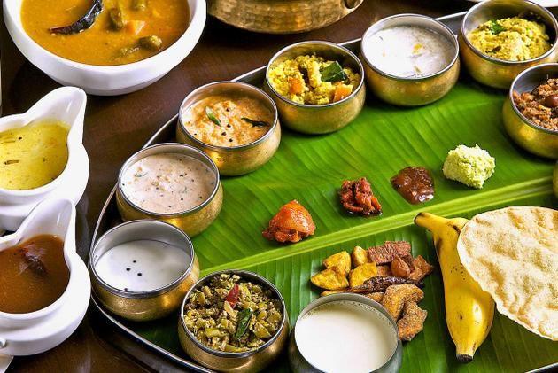the onam feast in banana leaf! | ente keralam | pinterest ... - Tamilische Küche