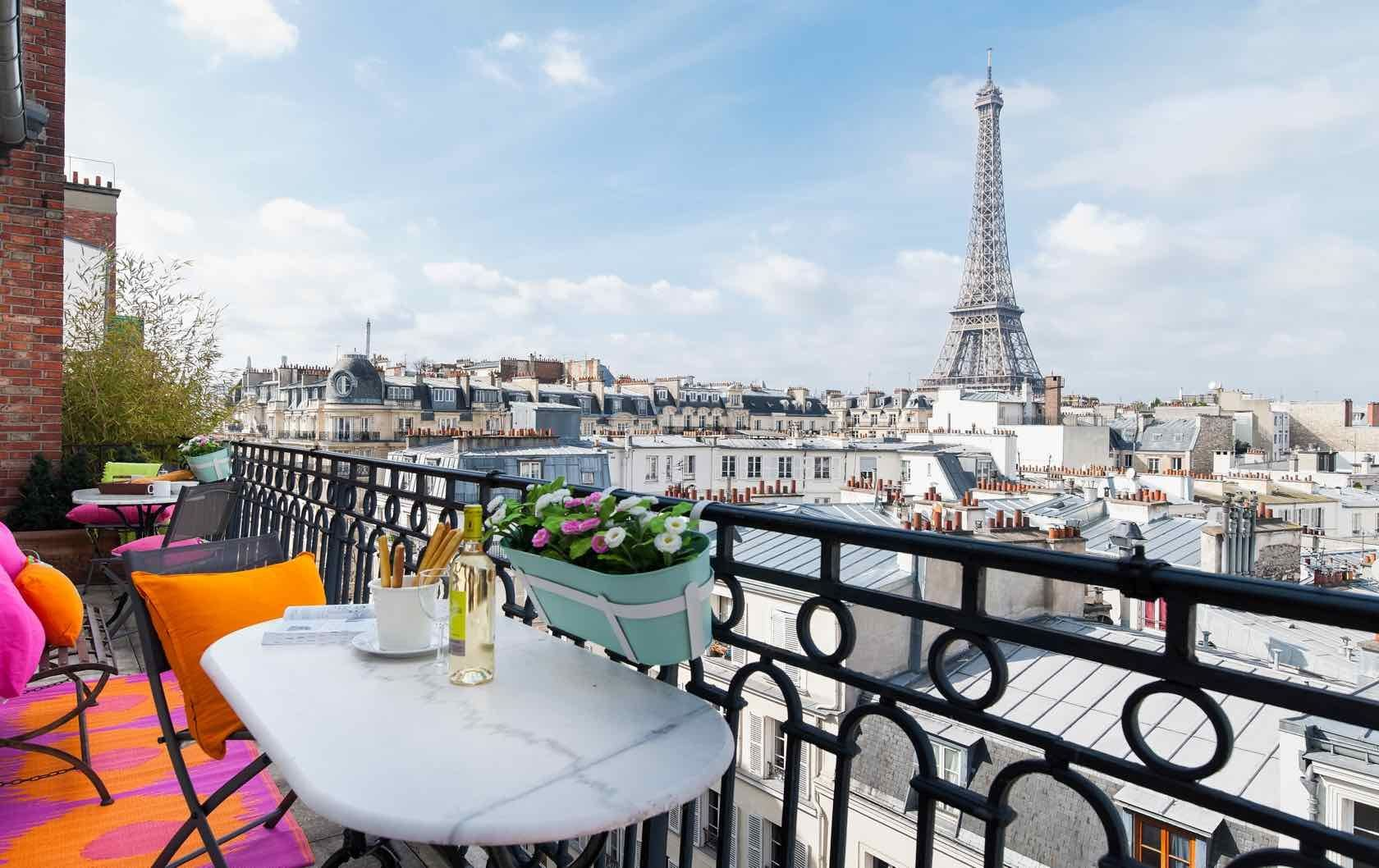 12 Francophile Gifts to Buy your Paris-Loving Friends and ...