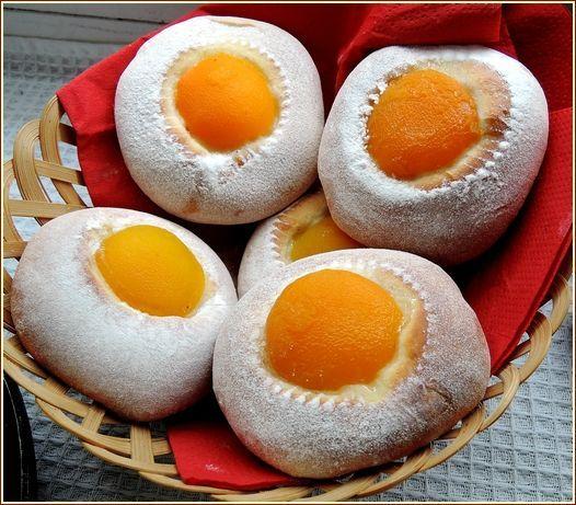 Brioche cocotte - La petite pâtisserie d'iza #gateautrompeloeil Brioche cocotte #gateautrompeloeil