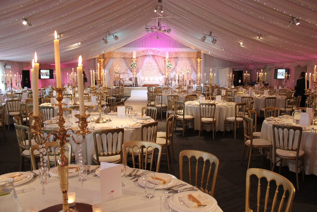 Heaton House Farm Is A Gorgeous Bespoke Exclusive Use Wedding Venue Nestled On The Borders Of Cheshire And Staffordshire Surrounding By Beautiful
