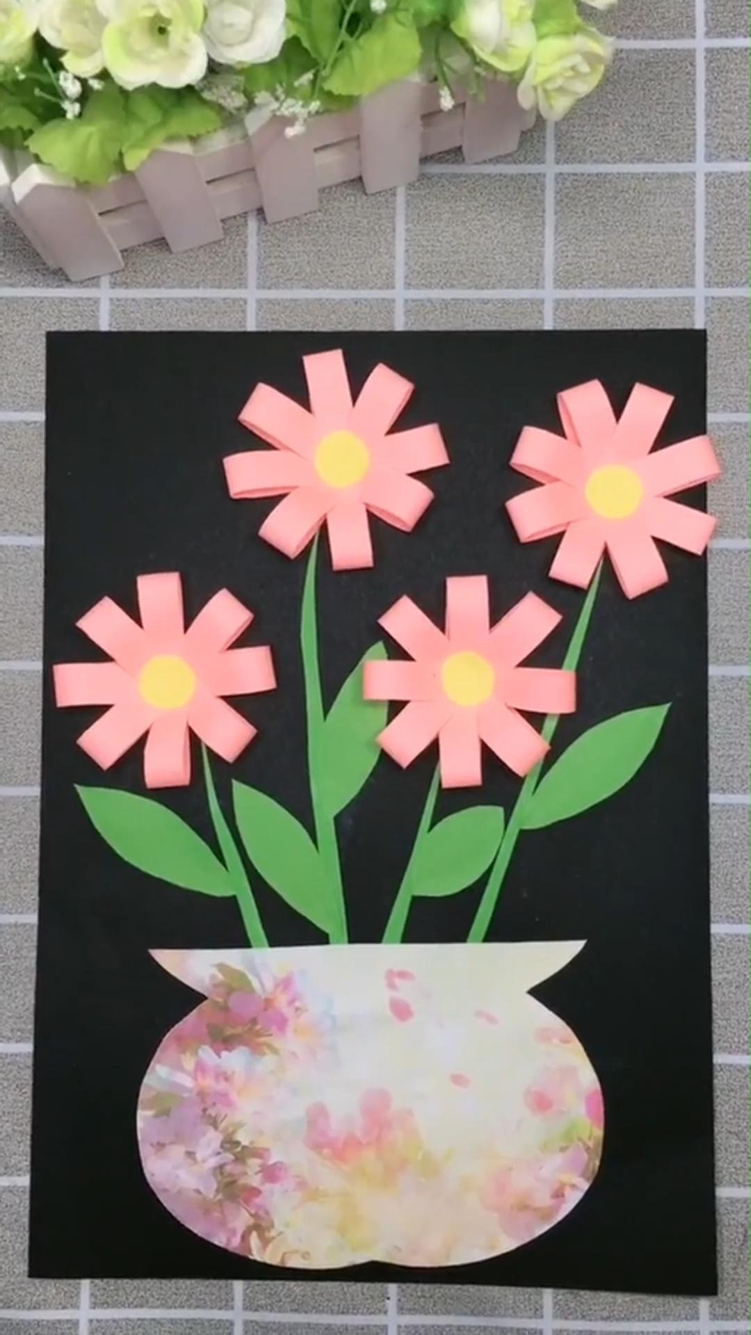 Ein einfaches Tutorial dasjenige Ihnen zeigt wie Sie ein Blumenbild mit Papier s...