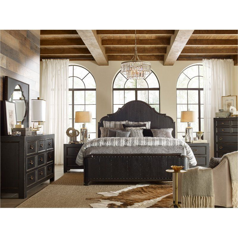 Skilled Craftsmanship And Rustic Traditional Charm Are The Hallmarks Of The Bishop Hills 4 Piece Queen Bedr Bedroom Sets Queen Bedroom Design King Bedroom Sets