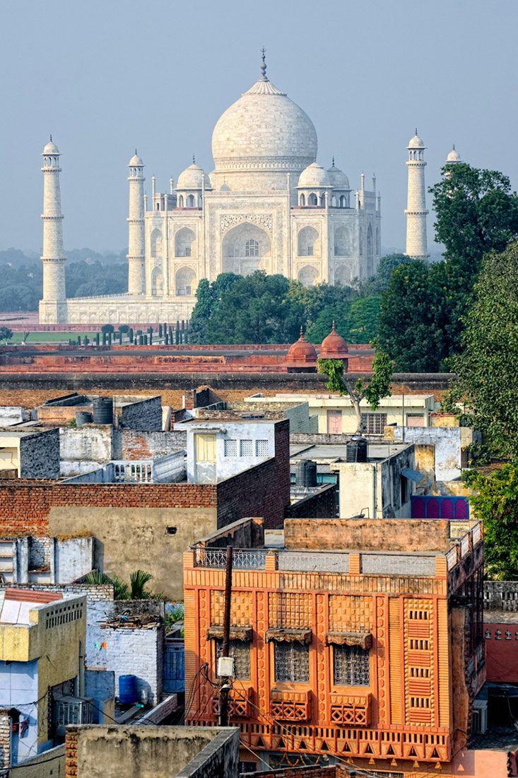 http://proximaviagem.com/fotografia/3-maneiras-diferentes-fotografar-taj-mahal/