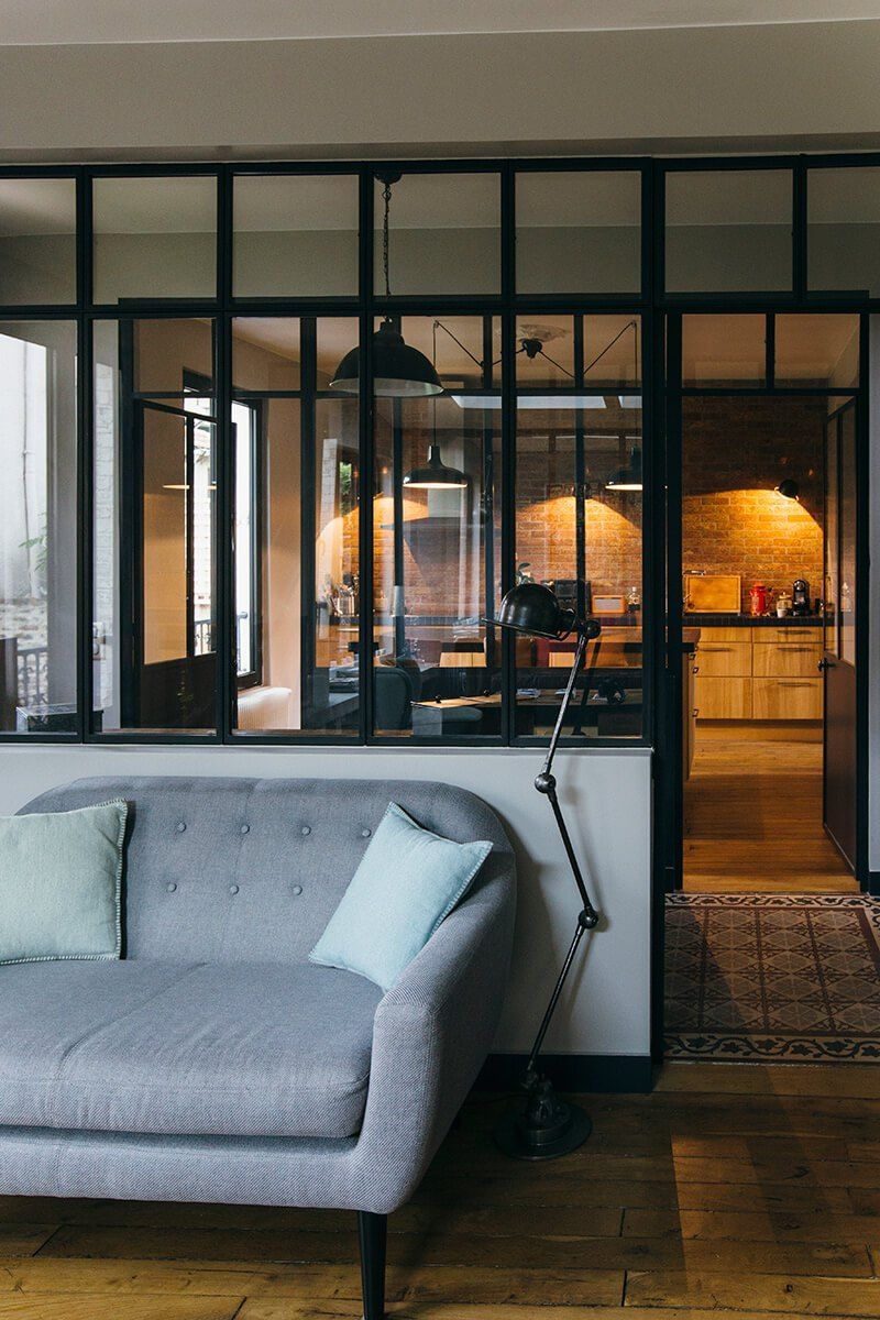 nuances de bleu style industriel deco verri re. Black Bedroom Furniture Sets. Home Design Ideas