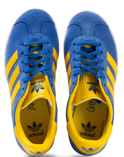2a98052a0596 Adidas Gazelle trainers in blue and yellow for kids