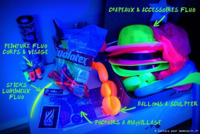 Soirée d\u0027anniversaire fluo party accessoires 3