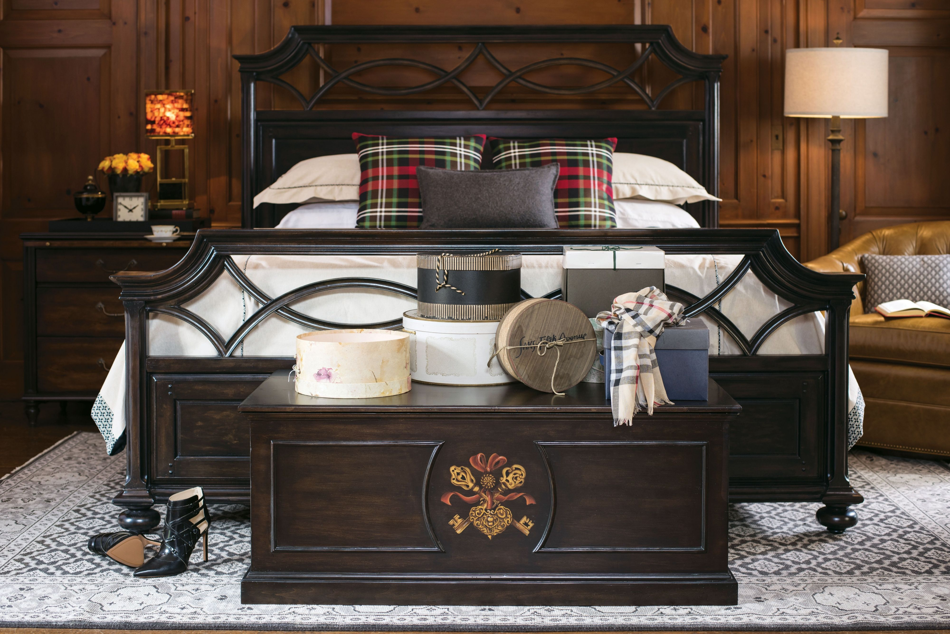 Shown here Brighthampton Queen Bed in Boot Black finish