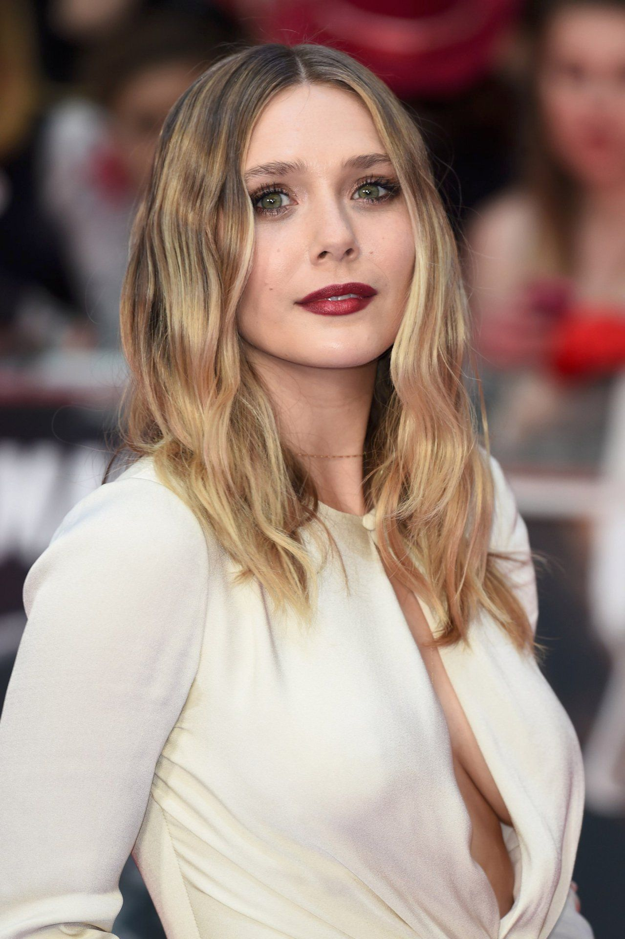 Elizabeth Olsen born February 16, 1989 (age 29) nude (24 photo), Topless, Cleavage, Feet, bra 2019