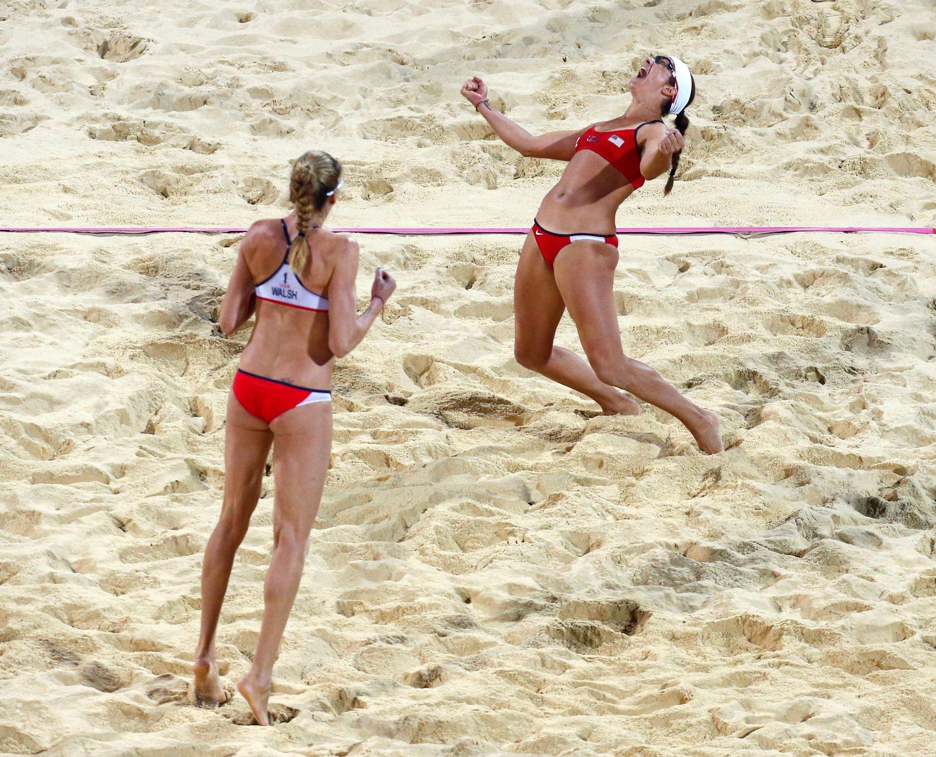 Women S Beach Volleyball True Grit Beach Volleyball Volleyball Women Volleyball
