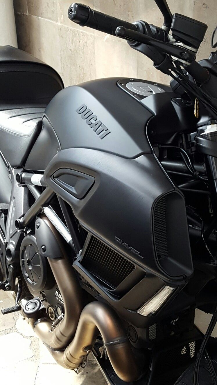 Pin By Bobby Cooke On Duc Hunting Pinterest Ducati Ducati
