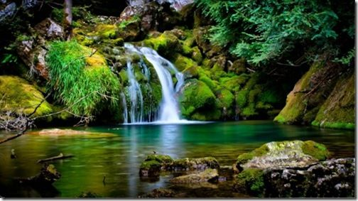 2013 Top 10 Most Beautiful Free Scenery Images Wallpaper Free Wallpaper World Are You Looki Waterfall Scenery Beautiful Nature Wallpaper Waterfall Wallpaper