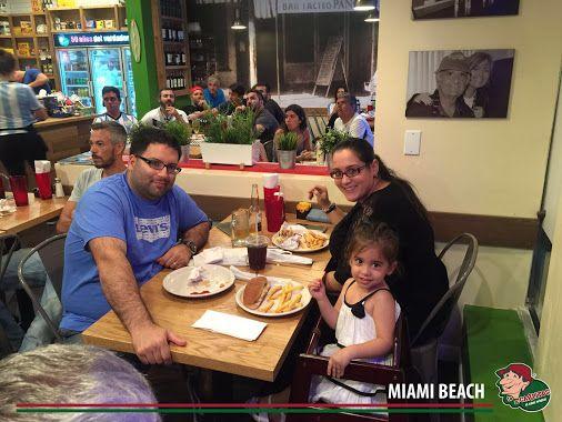 Así vivimos el partido de Argentina Vs Uruguay!! Gracias a todos por venir a compartir con nosotros momentos únicos en Lo de Carlitos Miami Beach