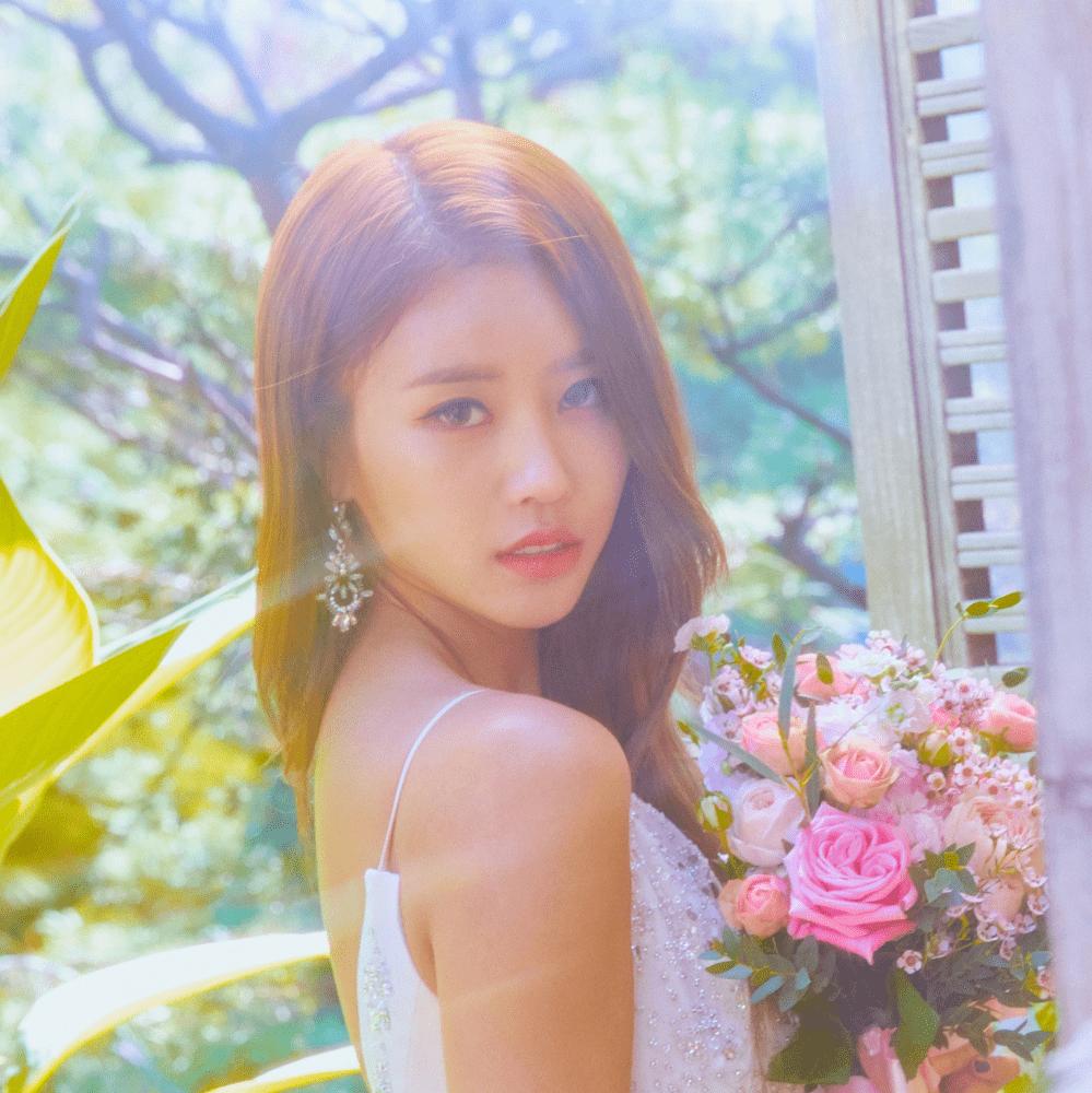Lovelyz (러블리즈) Mijoo Profile, Albums and Lyrics Lovelyz