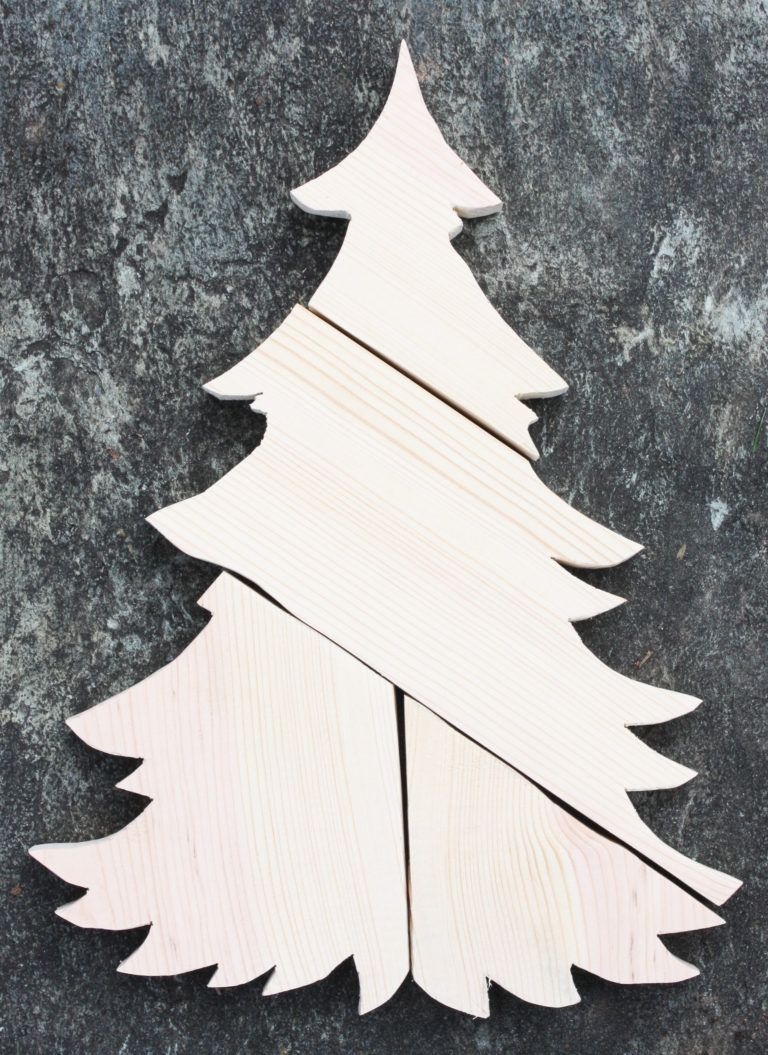 DIY Patchwork Wood Christmas Tree - Sweet Pea